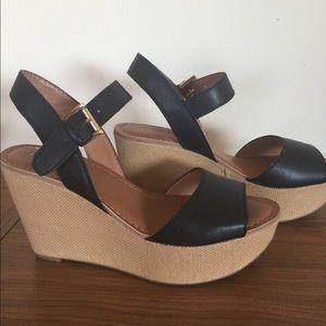 Tommy Hilfiger Sandals 8.5 Black